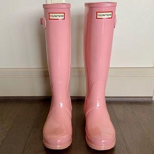 Hunter light pink gloss boots
